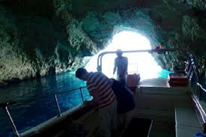 blue caves4